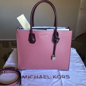 🆕 Michael Kors Large Mercer Satchel
